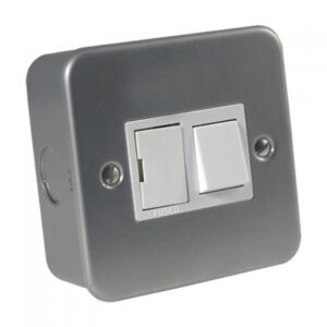 Metal Clad 13A Switched Fused Spur Unit