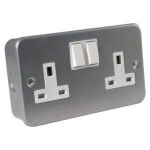 Metal Clad 2 Gang 13A Socket