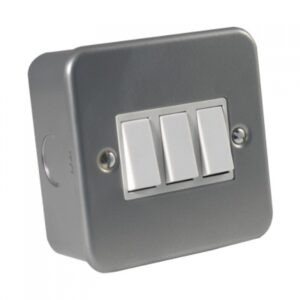 Metal Clad 3 Gang 2 Way Switch